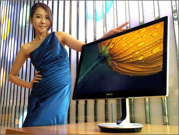 Samsung_Premium_Smart_Monitor_970_S27B970_Pic_02